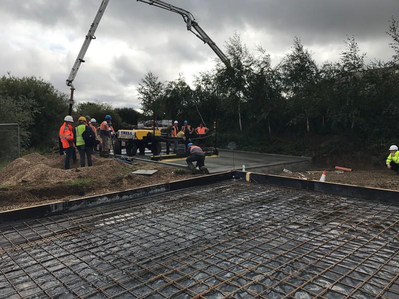 Image civil concrete power floating underway